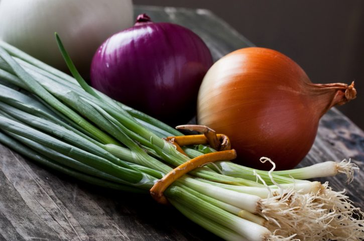 8 Important Beauty Benefits Of Raw Onions