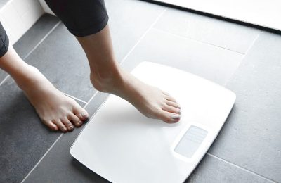 10 Habits That Are Keeping You From Losing Weight
